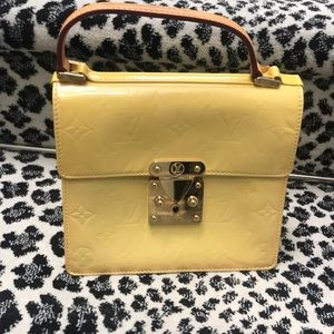 Beautiful yellow Louis Vuitton handbag!!